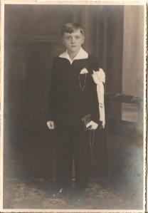 MRIN04646 1935 ca. Marcel Meder communion