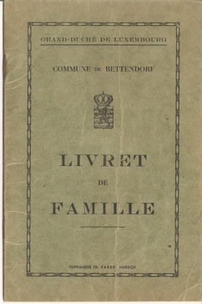 MRIN04646 1952-06-02 Marcel Meder and Maisy Kremer family book 1