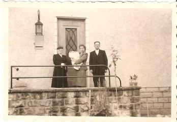 MRIN04646 1956 Maisy Meder-Kremer with her son and godparents