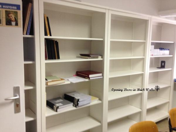 computerroombookshelves